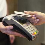 Kontaktloses Bezahlen mit der Kreditkarte